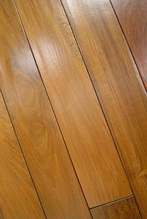Br111 Antiquities Handscraped Malbec Walnut Flooring